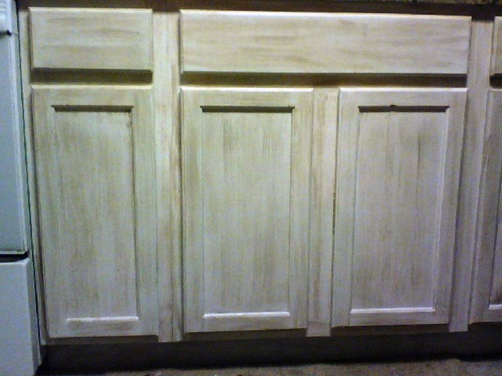 Kitchen cabinets saved fauxkissed for Kitchen cabinet finishes